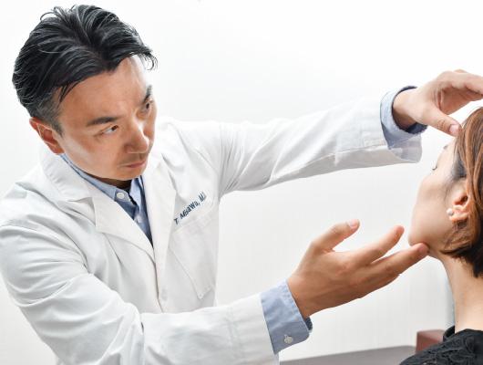眼瞼挙筋機能の修復